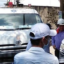 4 người bị thương vì khí độc, TP. HCM sơ tán hàng nghìn học sinh