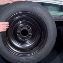 Vì sao ngày càng nhiều hãng ôtô bỏ lốp dự phòng?