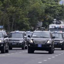 Xe chống khủng bố của cảnh sát đặc nhiệm bảo vệ APEC