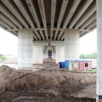 Rào toàn bộ chân cầu vượt cao tốc nghìn tỷ để chống lấn chiếm