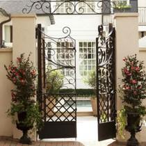 Ngôi nhà với phong cách cổ điển nhưng đầy sức quyến rũ ở mọi chi tiết
