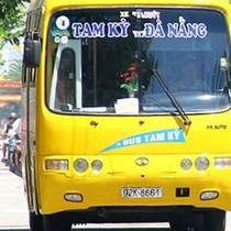Xe buýt Đà Nẵng vỡ trận