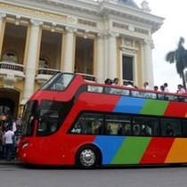 Hà Nội thí điểm xe buýt 2 tầng trước Tết Nguyên đán
