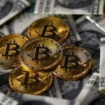 """Bitcoin hỗ trợ nỗ lực """"lật đổ"""" USD của nhiều nước"""