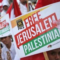 Gần 10.000 người biểu tình trước đại sứ quán Mỹ tại Indonesia