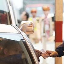 Hai ngày có 30 lượt xe quay vòng trả tiền lẻ tại trạm BOT quốc lộ 5