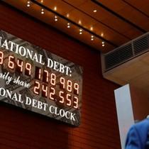 Nợ Mỹ chạm 30 nghìn tỷ USD năm 2028