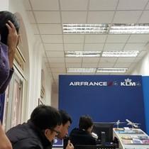 Khách bay bị Air France đơn phương hủy vé: Chúng tôi gần như mất Tết