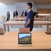 """Apple Store bị khách hàng gọi là """"địa ngục trần gian"""""""