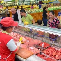Giá thịt lợn tụt dốc không phanh, Bộ NN&PTNT trình Thủ tướng giải pháp cứu nông dân