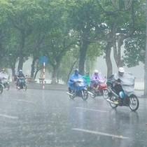 Bắc Bộ nắng nóng, Nam Bộ có mưa rào vài nơi