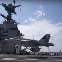 Máy bay lần đầu hạ cánh trên hàng không mẫu hạm đắt nhất thế giới