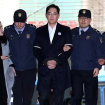 """""""Thái tử Samsung"""" bị đề nghị mức án 12 năm tù"""