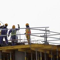 Lao động châu Á ở Qatar gặp khó vì đất nước bị tẩy chay