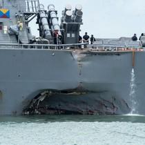 Phát hiện một số thi thể trong vụ va chạm tàu chiến Mỹ