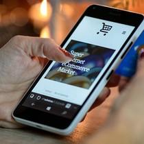 """60% người dùng mạng Việt Nam """"giải trí"""" bằng cách mua sắm"""