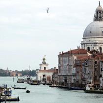 4 thành phố châu Âu đang chán ngán khách du lịch