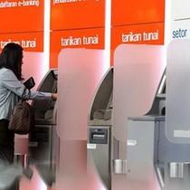 Hàng nghìn cây ATM ở Indonesia bị tê liệt do sự cố vệ tinh