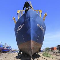 """Ngư dân kiến nghị sửa chính sách vì """"40 tàu vỏ thép hư hỏng"""""""