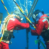 Bộ Tài chính đề xuất giảm phí sửa, bảo dưỡng cáp biển từ 500.000 USD xuống 50.000 USD
