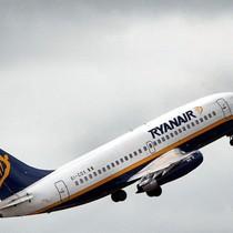 Ryanair hủy 50 chuyến bay/ngày để bay đúng giờ
