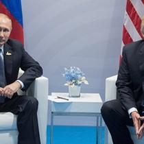"""Quan chức CIA: Chính Mỹ """"dâng hiến"""" vị thế siêu cường cho Nga"""