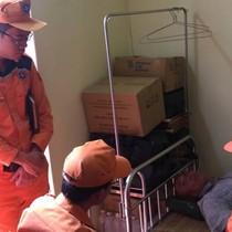 Đã tìm thấy 3 thuyền viên mất tích do chìm sà lan trên biển Bạch Long Vĩ