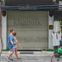 """Khăn """"Made in China"""" của Khaisilk là do nhân viên tự nhập?"""