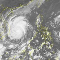Đối phó bão số 12, Thủ tướng yêu cầu các bộ, ngành rút kinh nghiệm từ siêu bão LINDA 20 năm trước