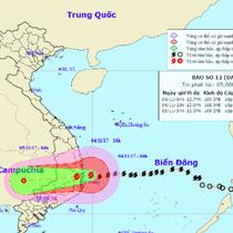 Bão số 12 tiến vào đất liền, Quảng Trị đến Ninh Thuận tràn ngập trong mưa lớn