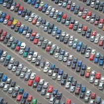 """[Ảnh] Bãi đỗ ô tô nghìn chỗ của những tài xế """"kỷ luật thép"""""""