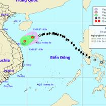 Bão số 13 suy yếu thành áp thấp nhiệt đới, áp sát bờ biển Đà Nẵng