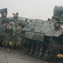 Quân đội Zimbabwe bác tin đảo chính