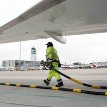 Giá dầu tăng, hàng không âu lo