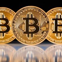 Nhiều người ở TP.HCM vẫn đầu tư tiền điện tử Bitcoin