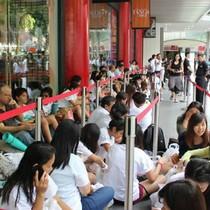 5 thứ người Singapore cũng lũ lượt xếp hàng để được mua