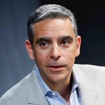 Giám đốc Facebook lấn sân vào thị trường Bitcoin