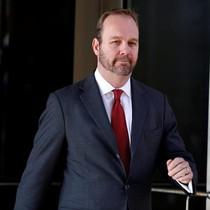 Cựu trợ lý cao cấp của ông Trump thừa nhận nói dối nhà điều tra