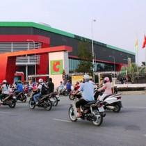 """Thị trường 24h: """"Đuổi"""" Thế giới di động, Nguyễn Kim mở một loạt cửa hàng trong Big C"""