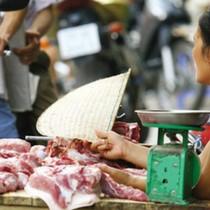 """Bộ Tài chính đề nghị tính phương án dùng ngân sách địa phương """"giải cứu"""" thịt lợn"""