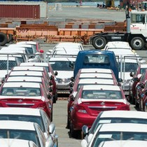 Thuế nhập khẩu tăng gấp đôi, ô tô cũ hẹp cửa về Việt Nam