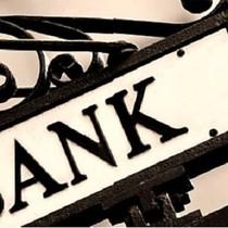 Nghịch lý đầu tư: Ngân hàng nhỏ bán cổ phần thành công, cổ đông vẫn khó thoái vốn!