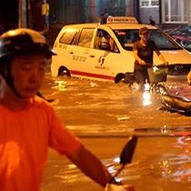 TP HCM ngập do cống thoát nước lỗi thời