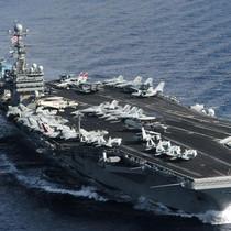 Bộ trưởng Quốc phòng Mỹ và Malaysia cùng lên tàu sân bay Mỹ đi Biển Đông