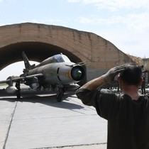 Sĩ quan Syria: Sân bay Shayrat vừa bị Mỹ oanh tạc sẽ phục hồi trong vài ngày tới