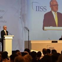 Thủ tướng Úc: 'Cá lớn đừng nuốt cá bé'