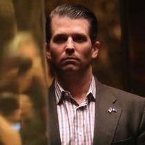 """Con trai ông Trump """"đã gặp luật sư Nga về thông tin bất lợi của bà Clinton"""""""
