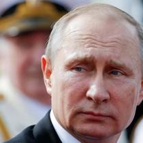 Trừng phạt Nga, quả bóng có còn ở chân ông Trump?