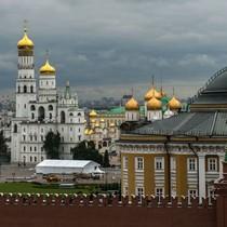 """Ông Putin: Nước Nga phát triển nhờ có """"lò phản ứng hạt nhân nội tâm"""""""