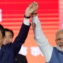 """Ấn Độ - Nhật Bản liên kết để """"đối chọi"""" với Trung Quốc"""
